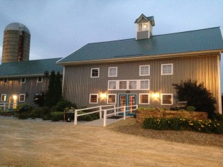 F&J wedding barn (2)